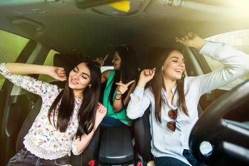 inmyfeelingschallenge car accident distracted driving